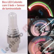 Par de Bico LED para pneu - Colorido - Metal - Com sensor de movimento e iluminação